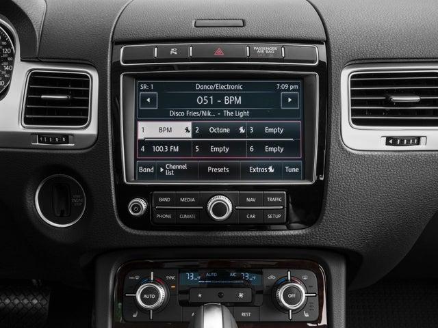 2017 Volkswagen Touareg V6 4motion Volkswagen Dealer Serving
